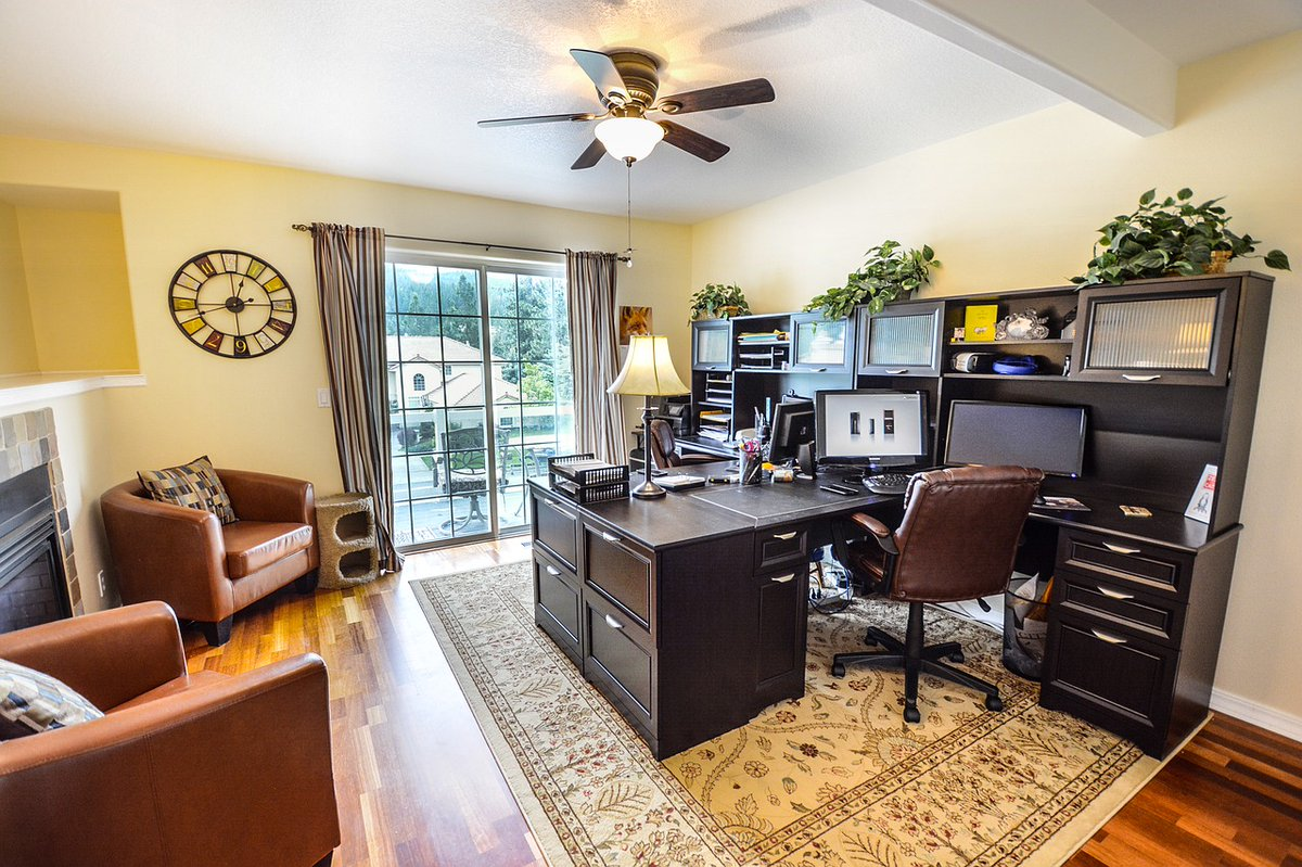 A clean environment can drastically improve #motivation and #productivity! If you're working from home, schedule a cleaning service today! 206-368-4034  #HomeCleaning #Cleaners #ResidentialCleaners #DeepClean #Housewidecleans #Maid #MaidServices #KingCounty #Sammamish #Bellevue https://t.co/PS3wNwsG8w