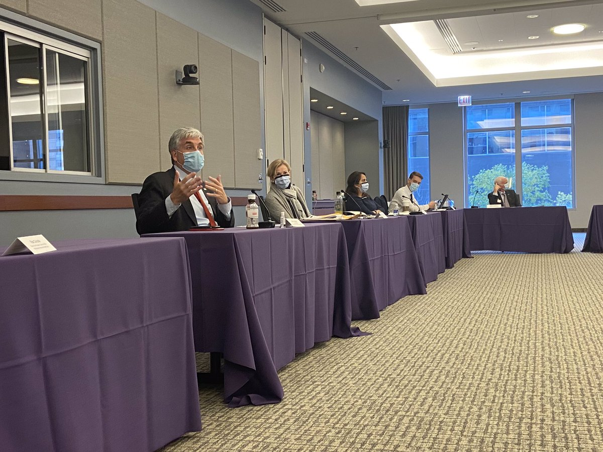 RT SecAzar: RT @DepSecHargan: I spent this afternoon in #Chicago, #Illinois with Dr. Deborah Birx @NorthwesternMed and healthcare leaders from across the Prairie state to discuss the challenges Illinoisans are facing and the ongoing work of the Trump adm… https://t.co/NUtxNISUIu