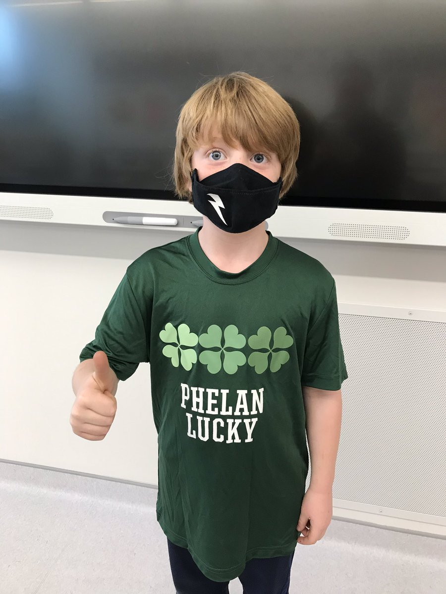 Today was International #PhelanMcDermidSyndrome Day and this kiddo was proud to wear his shirt in support of his sibling. 💚 @HeritageHills_ #highlevelglowsgreentonight
