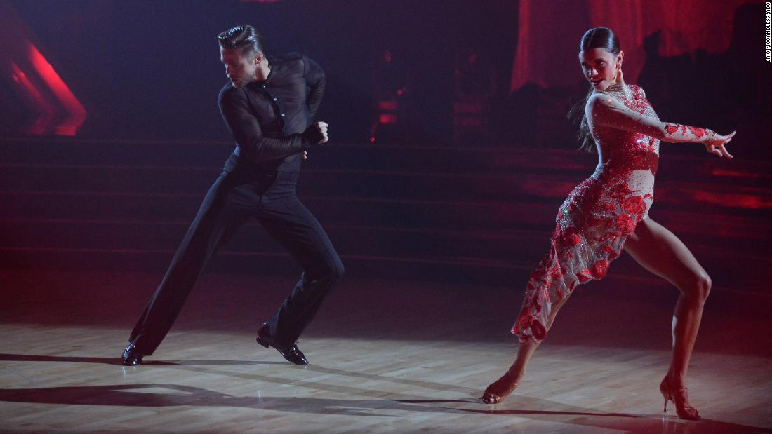 Derek Hough returns to the floor on 'Dancing with the Stars' https://t.co/a5SLdcKLqv via @cnn https://t.co/BauT9NdbrT