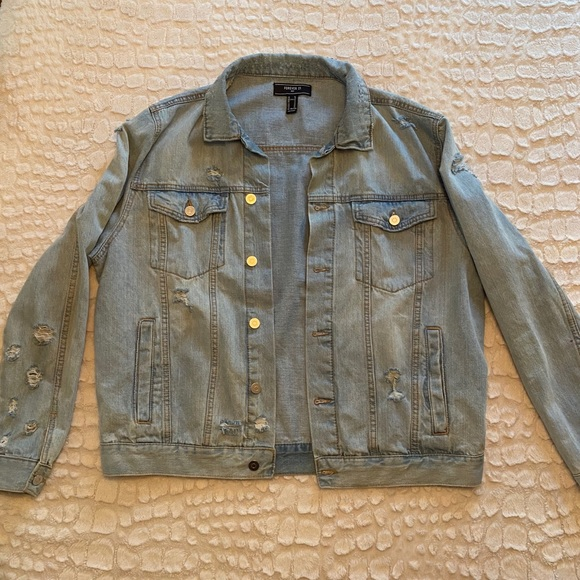 So good I had to share! Check out all the items I'm loving on @Poshmarkapp #poshmark #fashion #style #shopmycloset #forever21 #underarmour #luckybrand: https://t.co/nfJ7ZPobev https://t.co/BASGyCTMtp
