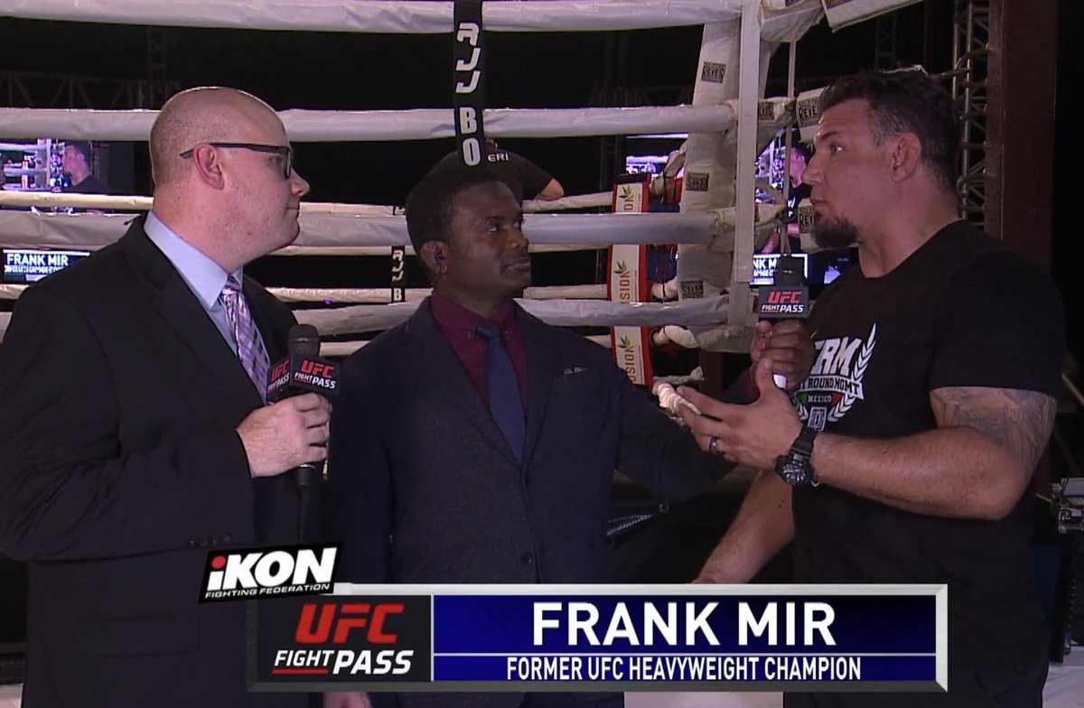 MMA loyalty at @ikonfights 2 in San Carlos, Mexico 🇲🇽 live on @UFCFightPass @thefrankmir @DinThomas @TJDeSantis  #iKON2 #ikonff #ufcfightpass https://t.co/QniOz7tNmz