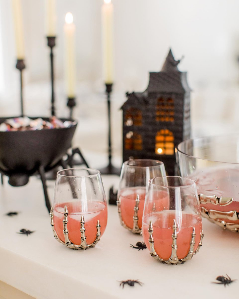 How do you #Halloween? 💀Swap your standard wine glasses for our creepy-cool Skeleton Hand Stemless Wine Glasses & thrill your guests with @ fashionablehostess' Monster Mash Punch! Shop our frighteningly festive Halloween collection before it's too late! https://t.co/JgUVwYUbIt https://t.co/N9s4V4A5Iq