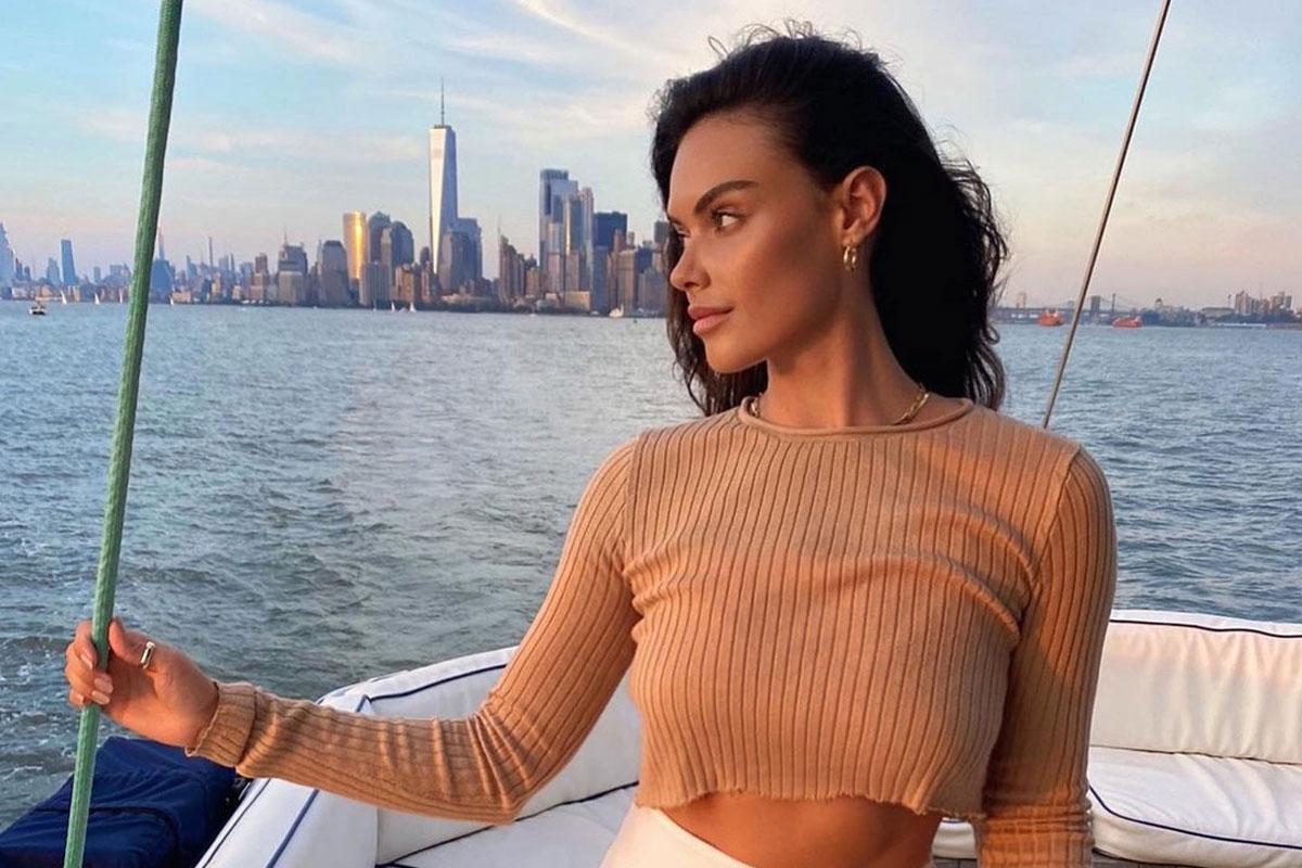 Australian Model Reveals The Secret To Finding Love In New York #MonikaClarke #NewYork https://t.co/LQzJC4Wqdc https://t.co/5omWwuxoCX
