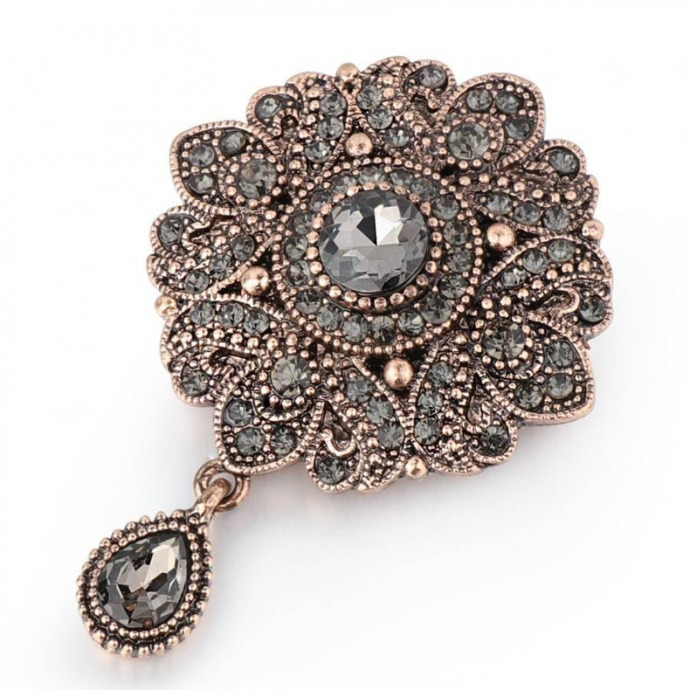 One for you, one for your bestie (if you give it to her) 😉 . Women's Silver Flower Crystal Brooch $ 9.95 . . #brooches #jewelrysets #jewelryset #jewelrydesing #jewelryfashion #jewelryart #jewelrytrends #jewelrynothers  https://t.co/xJbOx5WYLe https://t.co/eV7zgYYM1b