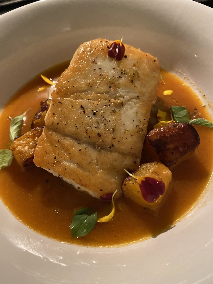 Halibut for dinner tonight! Pan roasted with a smoked tomato nage and roasted butternut squash. #cheflife #cannabisfood #infused #cannachef #cannabischef #smokeweed https://t.co/E3yrWzBK4g