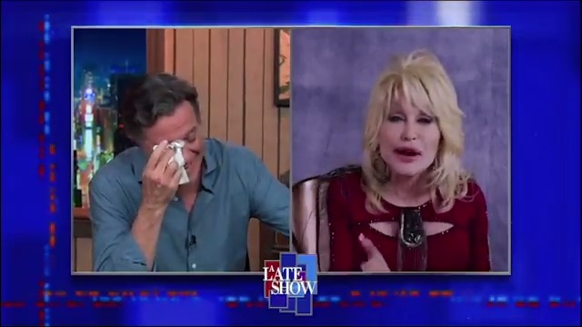 """.@DollyParton sings """"Bury Me Beneath The Willow"""" and I think somebody is cutting onions. 😭 #LSSC https://t.co/zoUmBN77vZ"""