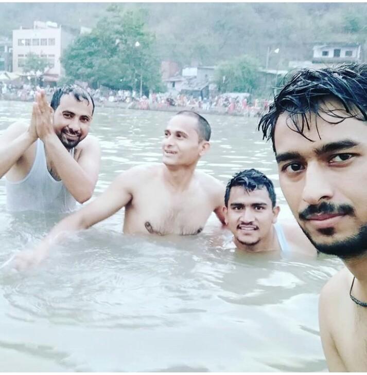 हर हर गंगे। #Haridwar #Uttarakhand #जय_माता_दी https://t.co/0kobC4QSre