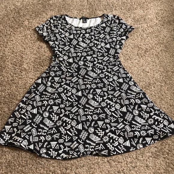 So good I had to share! Check out all the items I'm loving on @Poshmarkapp from @melinielb #poshmark #fashion #style #shopmycloset #forever21 #worthington #originals: https://t.co/tQ2KLA9L7t https://t.co/N8SjqbWG0W