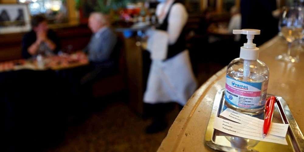 ❓Coronavirus : masque entre les plats, cahier de rappel… Quelles sont les nouvelles règles dans les restaurants? https://t.co/sf4H70HZo7 https://t.co/w8zkZ25x0X