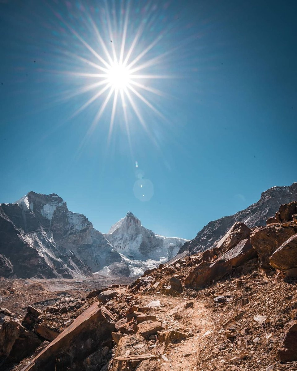 If you think you've peaked, find a new mountain✨ 📸@abhiandnow #nature #mountains #travel #trekking #naturelovers #camping #peace #gangotri #Vibes #beauty #BeAdventurous https://t.co/4UWfgRUcv6