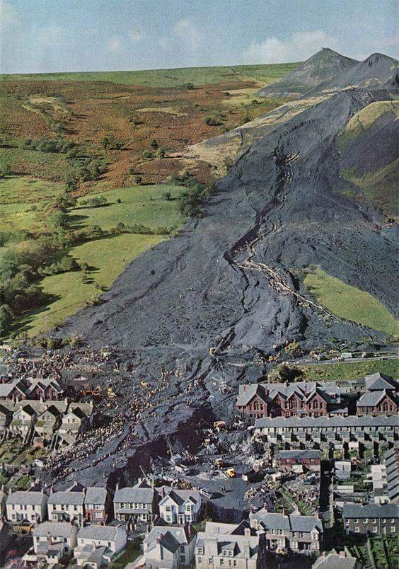 The #AberfanDisaster occurred #OnThisDay in 1966, when a colliery spoil tip on the hill above the village slipped, engulfing the local school & other nearby buildings. A total of 144 people (116 children & 28 adults) were killed in this dreadful, heartbreaking tragedy. #Aberfan https://t.co/DL3T9zElA1
