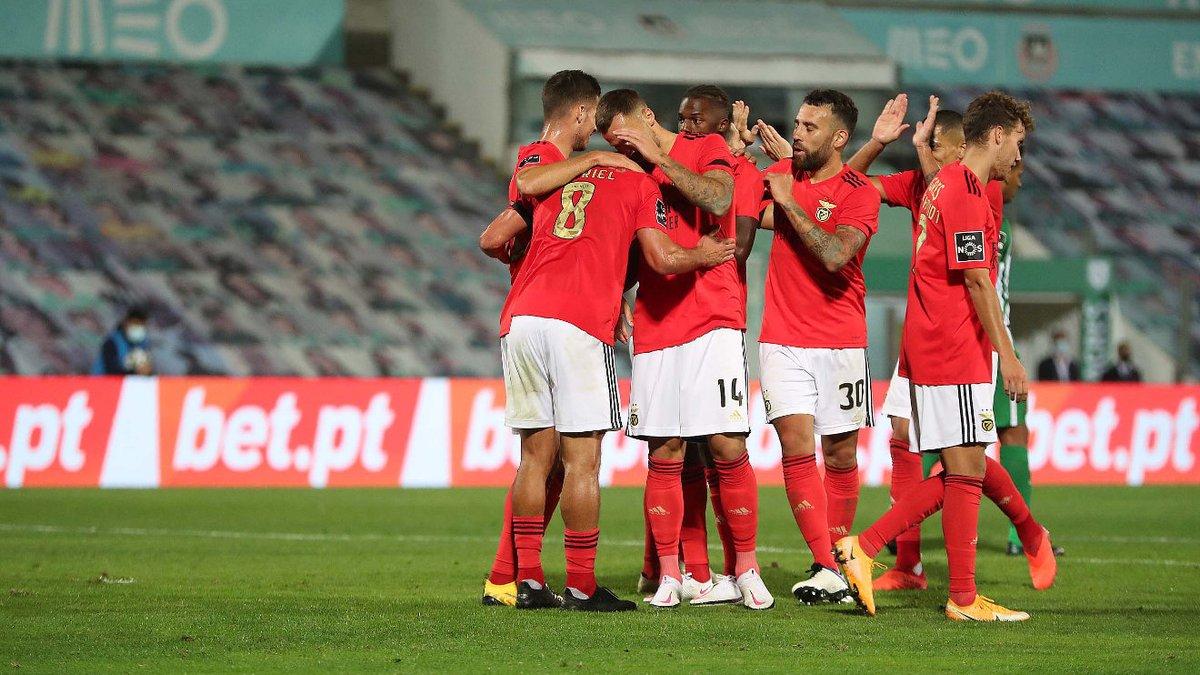 📝 SQUAD LIST #LPOSLB!  Keepers: Ody, Helton & Svilar;  Defenders: Grimaldo, Ferro, Gilberto, N. Tavares, Otamendi, Jardel & Vertonghen;   Midfielders: Pizzi, Rafa, Pedrinho, Taarabt, Everton, Gabriel, Chiquinho, Cervi, D. Gonçalves & Weigl;  Forwards: Darwin, Sefe, Luca & Ramos. https://t.co/n0C4fYe42i