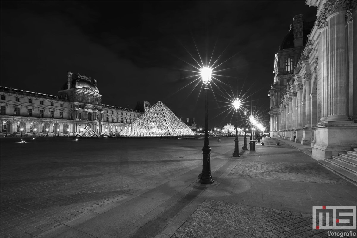 Het #Louvre in #Paris door @marcvanderstelt op #canvas of #fotoprint aan uw muur? Bestel nu via https://t.co/F3JpMaj0RL #print #art #france #travel #luxery #visualart #fineart #luxurytravel #wallart https://t.co/K3F6960Xqy