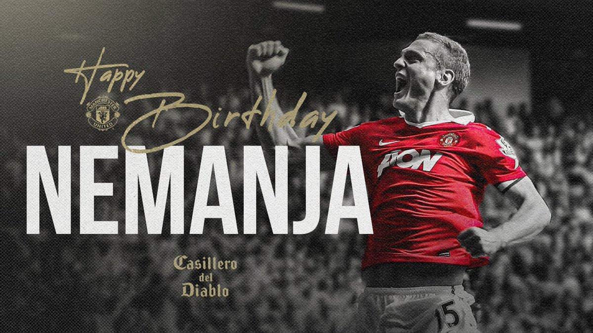 🎶 Nemanja, woooahhh 🎶  Happy birthday, Vida! 👊🎉  #MUFC @CasilleroDiablo https://t.co/fQ8gcqXf1L