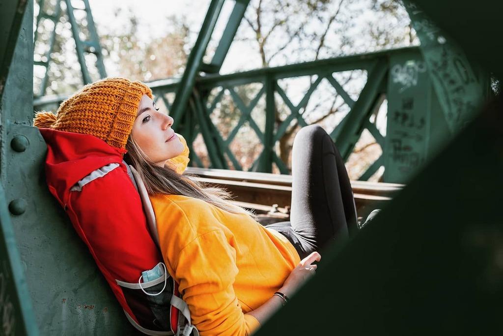 Que me gusta a mí un otoño caramba. 🍁🍂🧡💛. . . . #atumn #bestseason #fall #fallphotography #portraitmood #autumnseason #trekking #explorer #backpacker #freedom #environment #nature #reconnect #breathe  #manudelosreyes @adobestock @alamyltd @gettyimages https://t.co/34Xpc5J2oe https://t.co/cQbTzIZrT1