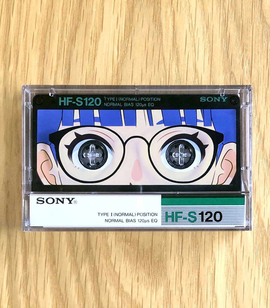 カセットテープの女の子