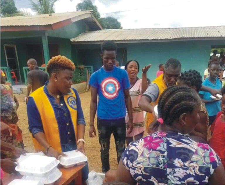 #RT @lionsclubs: RT @Dev_Diaries: Cape Mesurado Lions club has fed more than 500 residents of Zeon town, Liberia, in observance of Lions international Feed the Hunger day.  Read more: https://t.co/vpHhiJD5nZ  #Developmentdiaries https://t.co/ZKRYj4yVwB