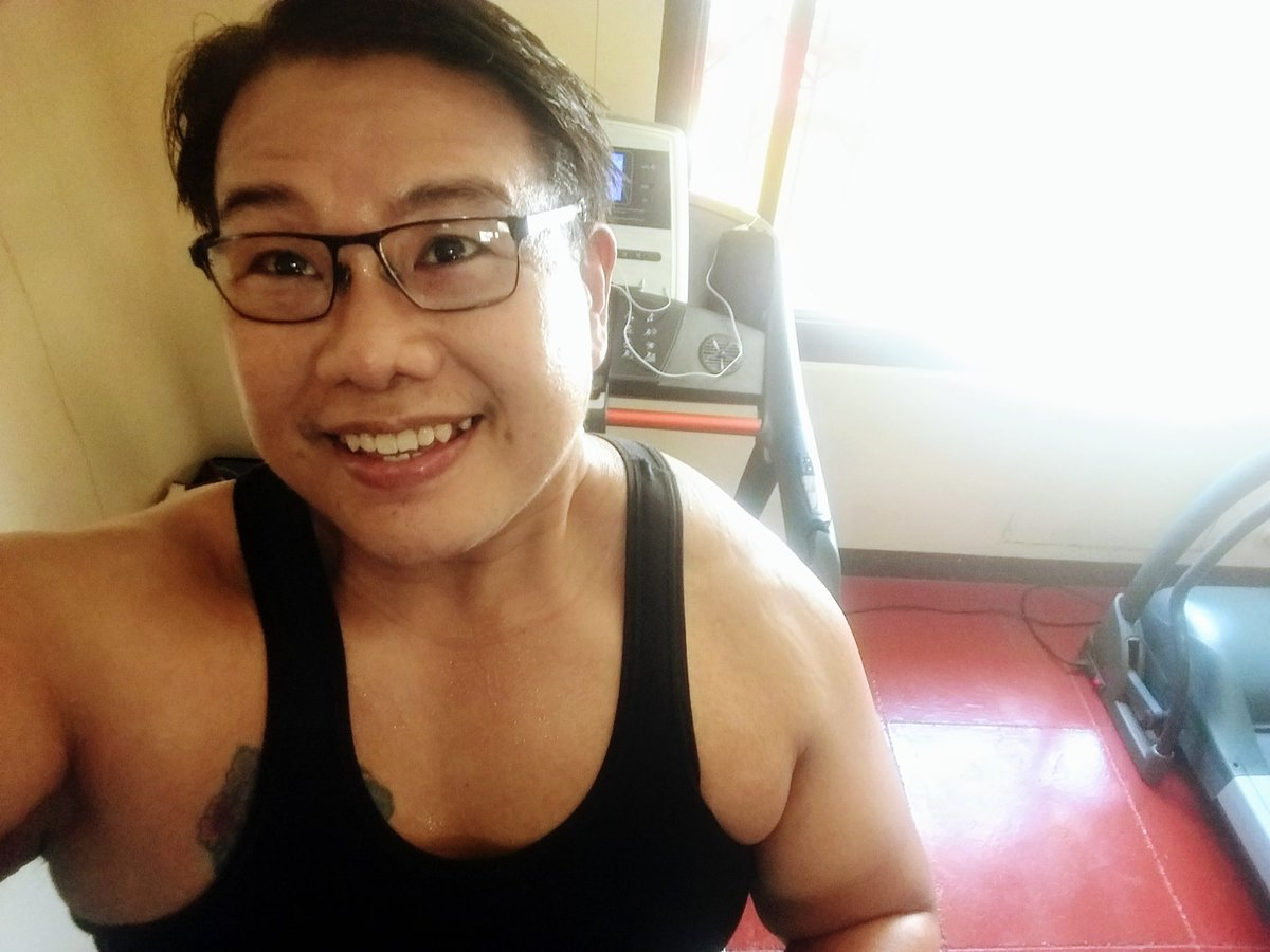 #smile #selfie #zumba #noexcuses #exercise #workout #HealthyAtHome #fitness #gymtime #weighttraining #weightloss#beastmode #friends  #coronavirus #virtualclass #love #lakers #lakeshow #goodvibes #SocialDistancing #Quarantine #WeHealAsOne #FlattenTheCurve #zumbezties https://t.co/NYkKvZf8VY