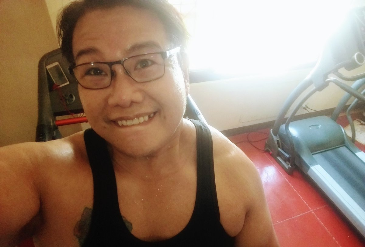 #smile #selfie #zumba #noexcuses #exercise #workout #HealthyAtHome #fitness #gymtime #weighttraining #weightloss#beastmode #friends  #coronavirus #virtualclass #love #lakers #lakeshow #goodvibes #SocialDistancing #Quarantine #WeHealAsOne #FlattenTheCurve #zumbezties https://t.co/KUz6sAYzsb