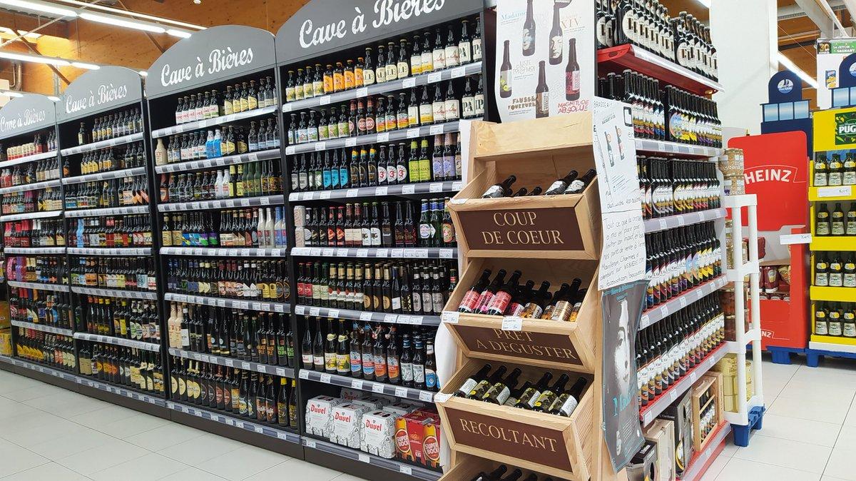 Le plaisir de voir un hypermarché aussi bien achalandé en bières 😍 #beer https://t.co/w5mZyRO7Cd
