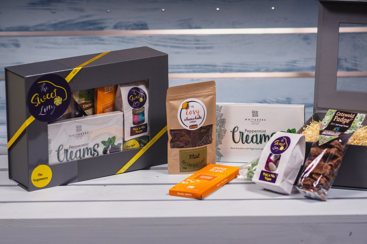Calling all vegans and vegetarians, we have the perfect themed hamper gift for you: https://t.co/vHwDUR01KA #Vegan #vegetarian #sweets #fudge #chocolate https://t.co/y67wpvrOU1