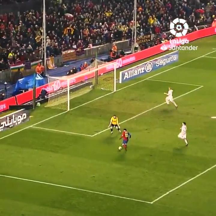🔙 ¡@setoo9 y Messi decidiendo #ElClásico en el Camp Nou! 🔥  #LaLigaSantander #HayQueVivirla