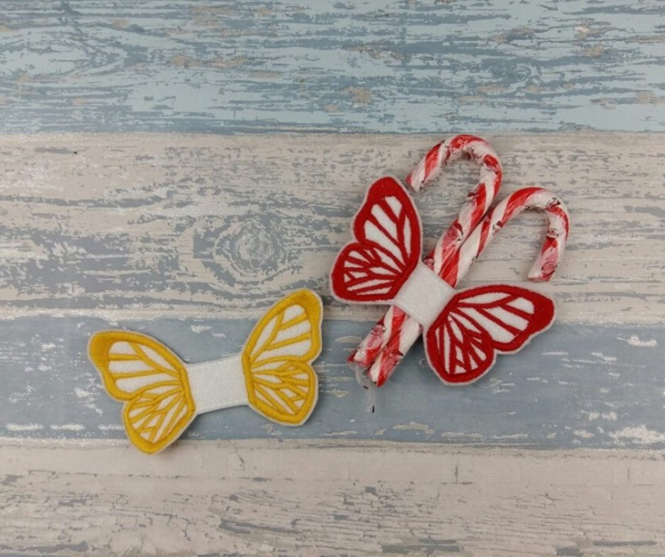 Good morning #elevenseshour these #Butterfly Candy Cane Holders make a cute addition to any #Christmas Tree and now available to purchase @AHeartlyCraft in my @BritishCrafting Store https://t.co/Y9VGdosc8E #Handmade #RedChristmas #Xmastime #Decor #Decoration #Cute #Letterboxgifts https://t.co/VrOcN0BFvR