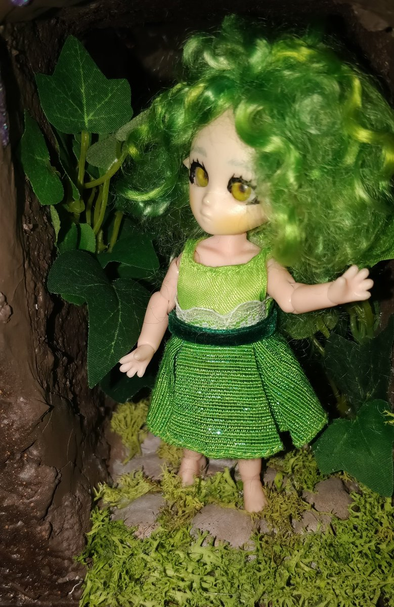 Go check my Instagram page if you want to know more about my new story with my lutins with messy hairs 🙂 [EPISODE 1]  #プチフェアリー #petitefairy #instadoll #miniature #dollstagram #cute #nendoroid  #green #treedollhouse #mohair #lutin https://t.co/5wvCMu8wCv