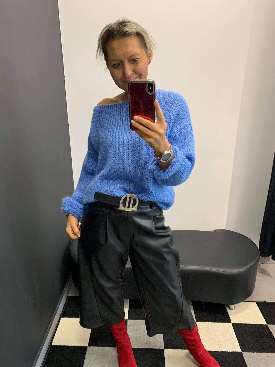 #Spodnie eco skórka plus miły ciepły #sweterek 🍂🍁😀 #StopFashionStyle  #Puławska72  🍁🍂  • • • • • #warszawskilook #moda #fashion #polishgirl #polskadziewczyna #bluzka #style #butik #ubrania #buty #zakupy #styl #outfit #ootd #girl #kobieta #polska #stylizacja #handmade https://t.co/u0Wn2qCerM