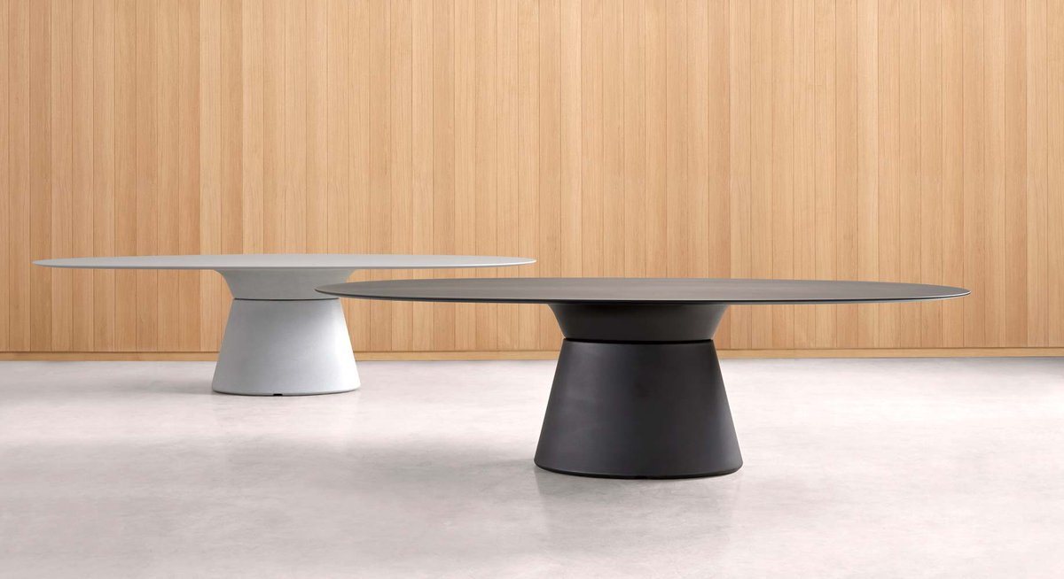 The highly transversal ESSENS programme of tables comprises six types of 100% recyclable polyethylene table bases that allow composing tables in an endless variety of formats and sizes.  https://t.co/rdMI1vXaDB