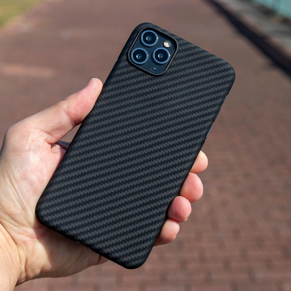 Easy to enjoy a morning walk when your phone is wrapped in such a sleek, beautiful weave! 😎  We're really looking forward to seeing these cases on the iPhone 12 Pro Max soon. Anyone else waiting for the Pro Max? Or are you jumping on the 12 / 12 Pro … https://t.co/29vgKaWuk3 https://t.co/ND7X4wCfNY