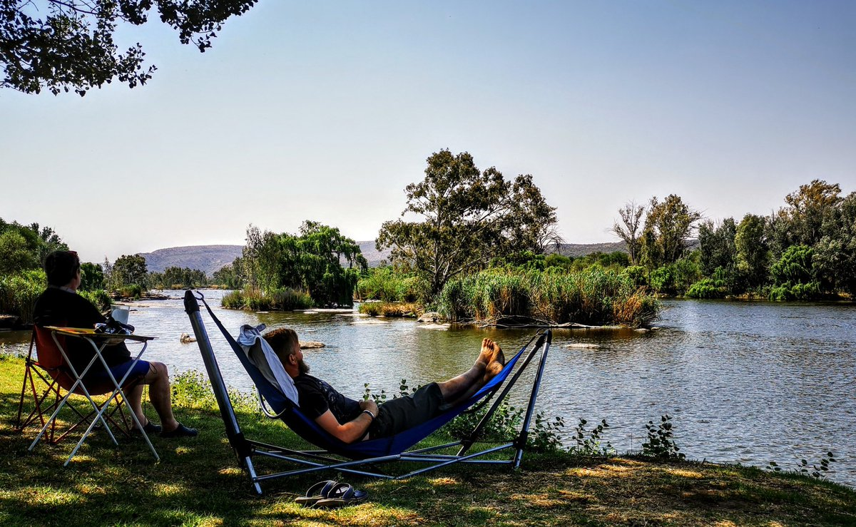 What away to spend my 40th birthday. Chilling next to the Vaal river with my love and this beautiful view😍 #relaxing #EnjoyingEverydayLife #WednesdayMotivation #Travel #naturelovers #NaturePhotography #travelphotography #RVLife #vanlife #SouthAfrica #Loveyourself https://t.co/QWKtud5Acd