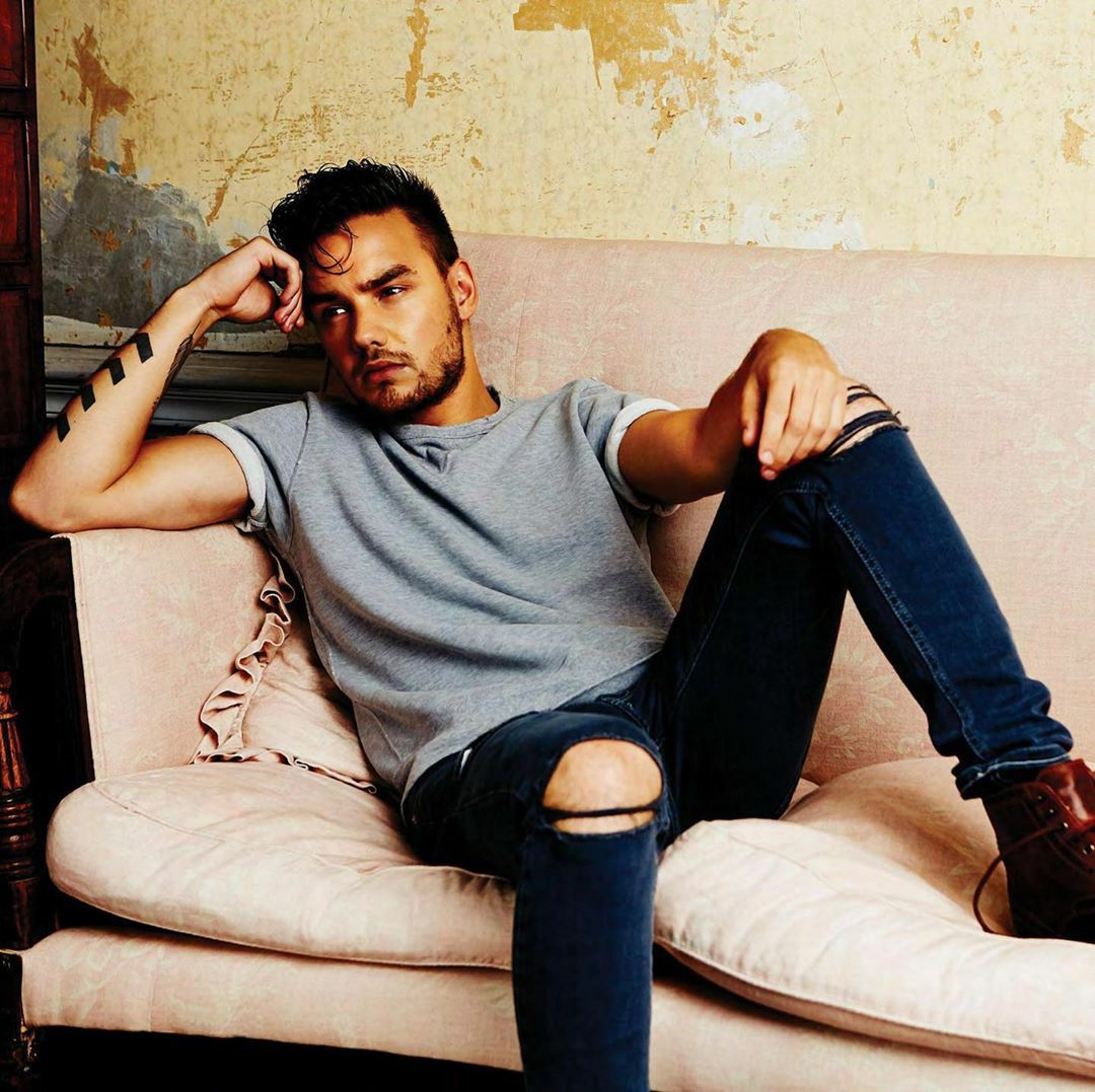 Hiii @heatradio ! Could you please play #Weekend by @LiamPayne ! Thanks :) 🌤🍂 https://t.co/b8YVA5MiJo