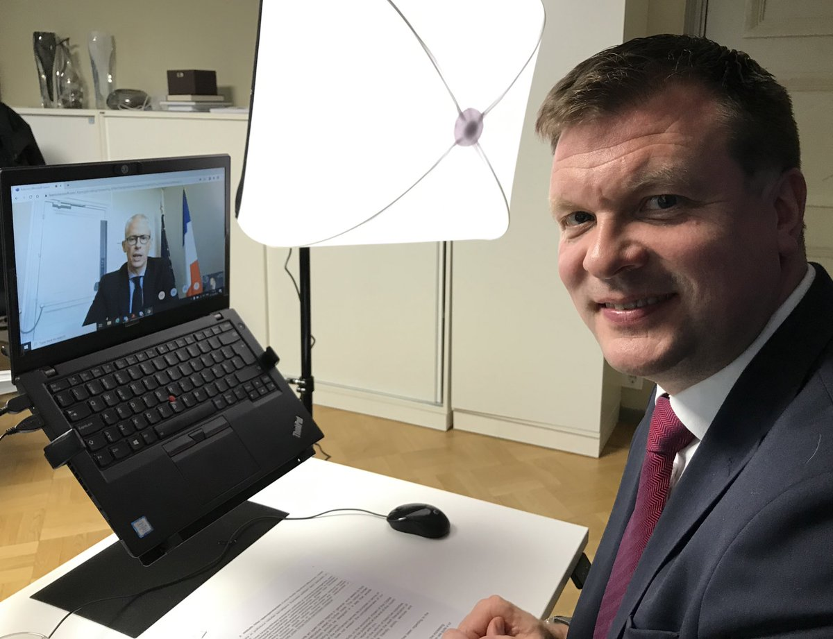 Having a virtual meeting with @franckriester to engage businesses in Finland and in France. Very pleased to note that our bilateral trade exceeded for the first time 3 billion EUR last year. Plenty of potential for fruitful cooperation 🇫🇮🇫🇷 https://t.co/175iBLqoo1