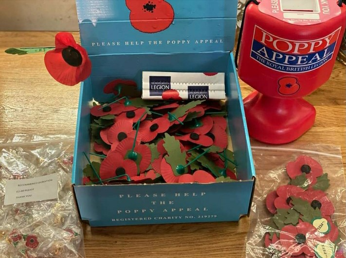 You can now get your poppy from us! #britishlegion @royalbritishlegion #epping #charity #heroes #veterans #theydonoak https://t.co/QFakoGS3yu