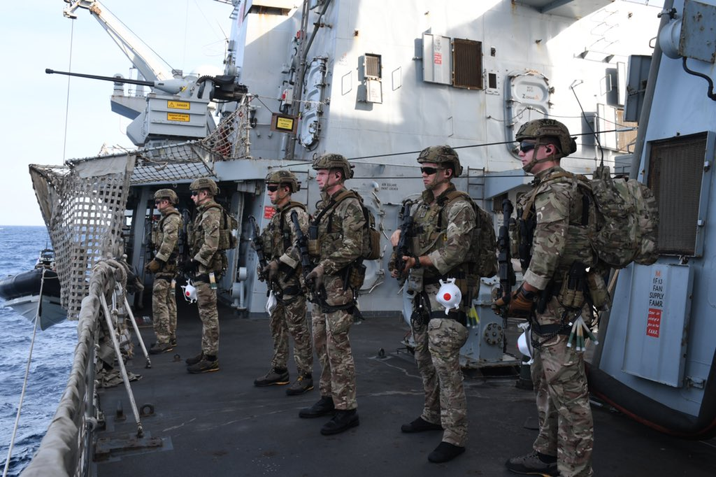 @HMSMontrose's @RoyalMarine Boarding team from 10 Troop, M Coy, @42_commando preparing before they embark on to the sea boats to conduct a flag verification in the Gulf. @RoyalNavy @CMF_Bahrain #globalpunch #futurecommandoforce