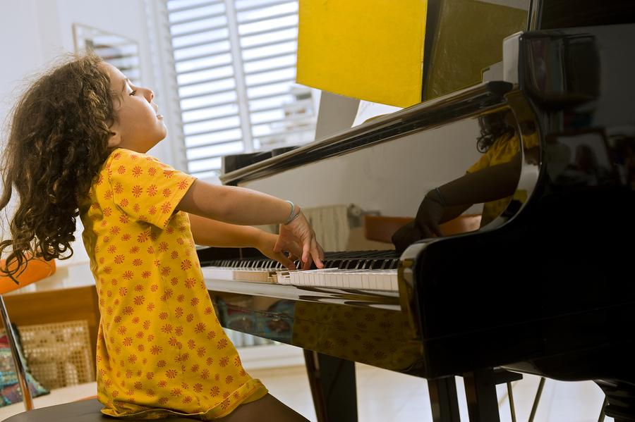 KKSOM has been blessed to instruct some of the best students in the world. 🌎  Our student body expands all age brackets and caters to each one individually!  . . .  #KingdomKeysNation #pianolessons #piano #music #musiclessons #pianoteacher #pianoplayer #pianomusic #pianocove... https://t.co/ttoGDgUgpu