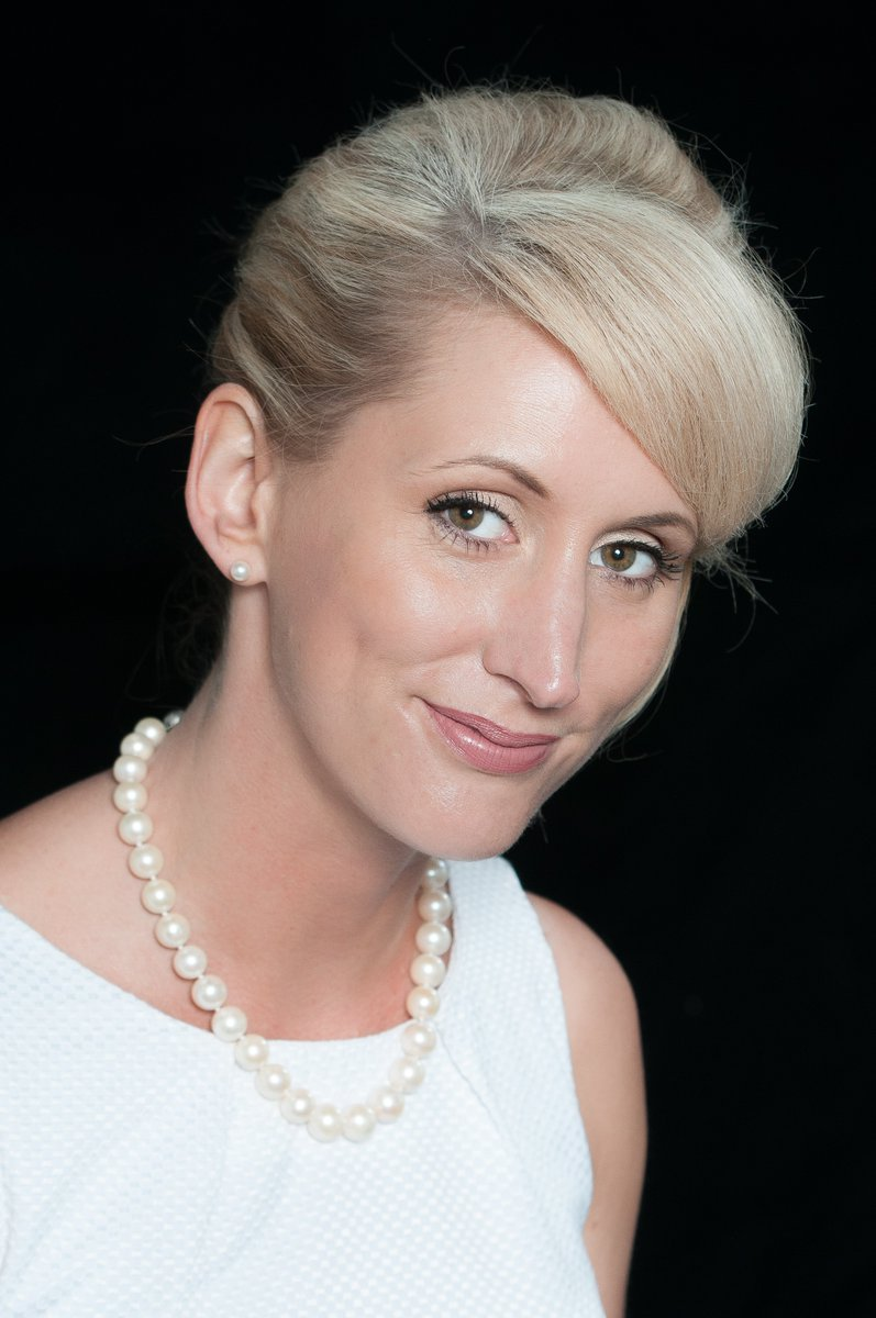 Don't forget, #Thursday @thehubatstmarys you can meet @HeatherCallaway, new vice chair of the @UKNAJ, for specialist free valuations of #jewellery and #watches in #Lichfield city centre 10am-4pm 💍⌚  💎 https://t.co/s2qqnnDlfN https://t.co/4Fn3yPdqz0