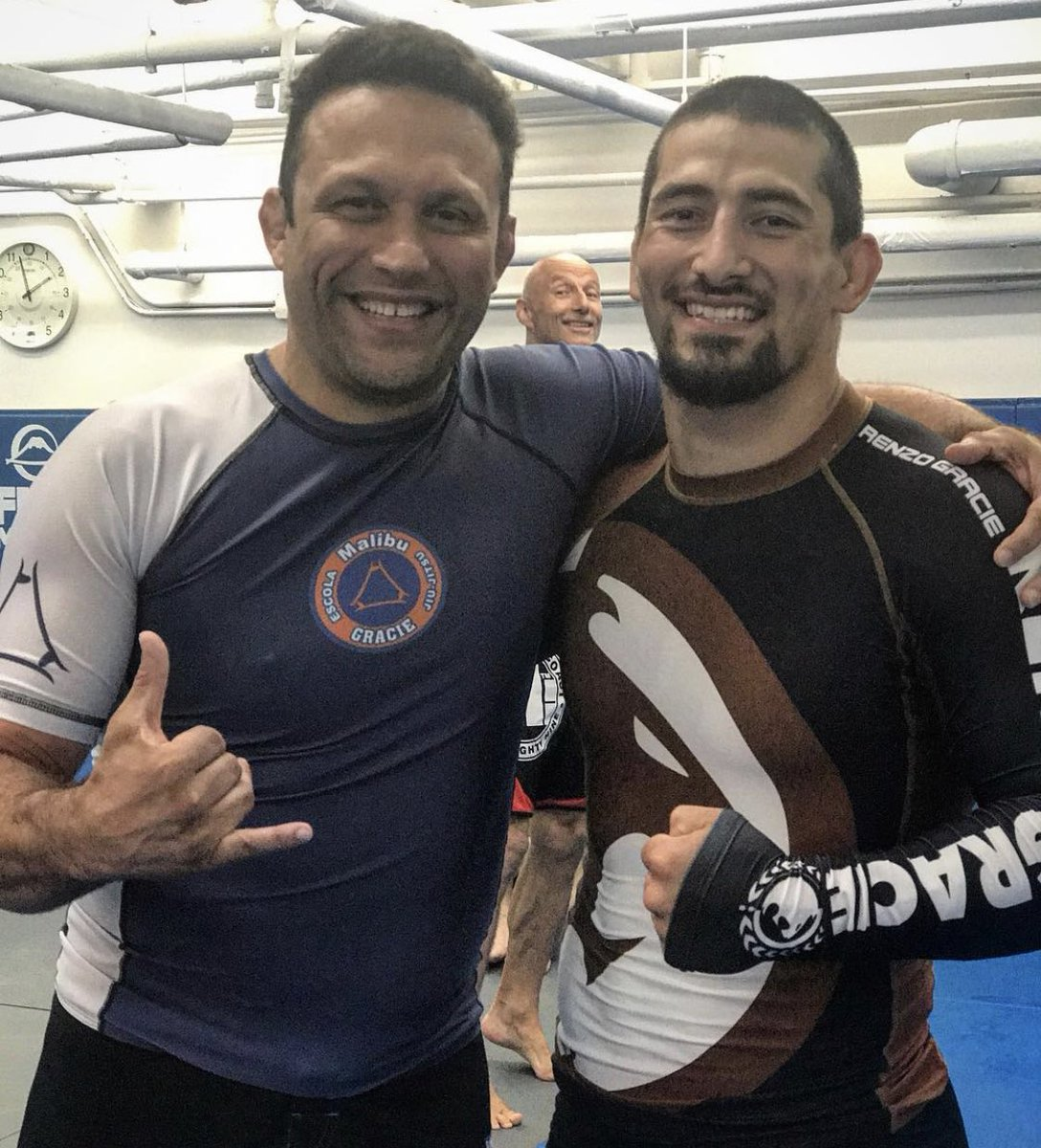 One of the most amazing humans this man is! Thank you for everything you have done for us modern fighters @RenzoGracieBJJ #teamrenzogracie #mma #bjj https://t.co/kSykgSSnaG
