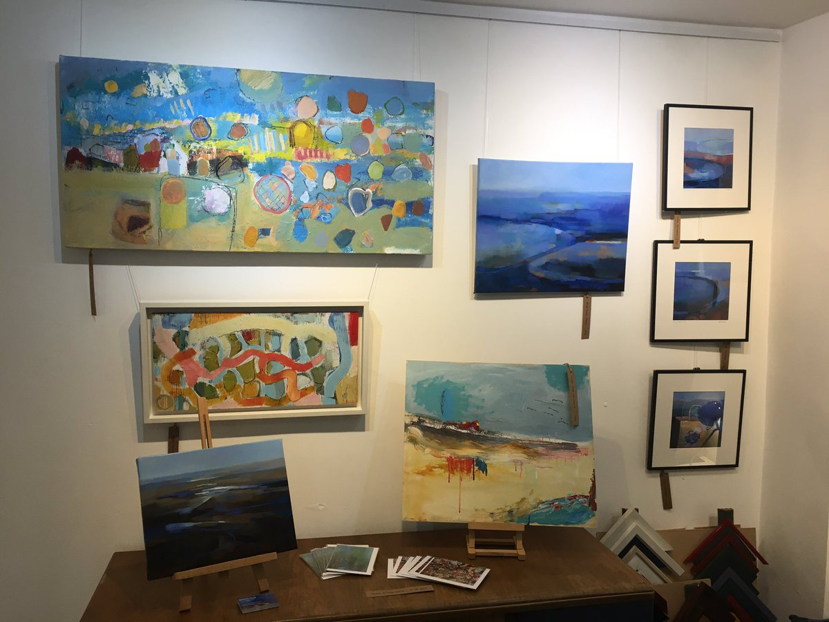Starts tomorrow for 2 weeks : 'Wavy Days' by Sarah Stokes & Melanie Tong #art #artist #artists #coast #coastalliving #coastal #sea #seascape #abstractseascape #abstractpaintings #abstractart #kent #kentcoast #ramsgate #mcgillanandwoodell #supportlocalartists #supportsmallbusiness https://t.co/G8lIyEOyAm