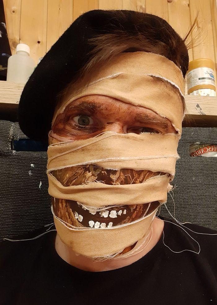 De supers masques pour #Halloween !  Franchement, je n'apprécie pas particulièrement d'en porter, mais alors ceux-là avec plaisir 😁  https://t.co/M7TZH3Slu6 via @Hitekfr  #coronavirus #COVID19 #Masks https://t.co/Hv3UIh4WbS