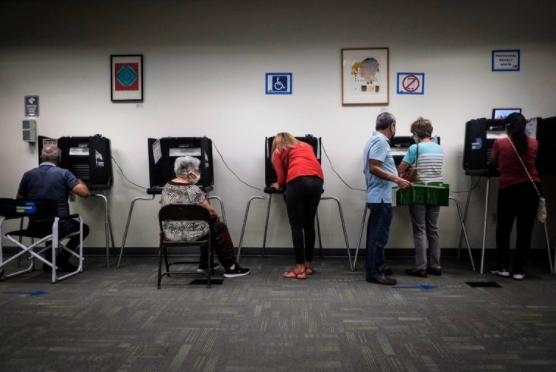 Récord en Estados Unidos: más de 35 millones de personas ya votaron por adelantado en las elecciones presidenciales https://t.co/EE1a0RGnB2 #NM935 https://t.co/Jn6dBSN0Pt