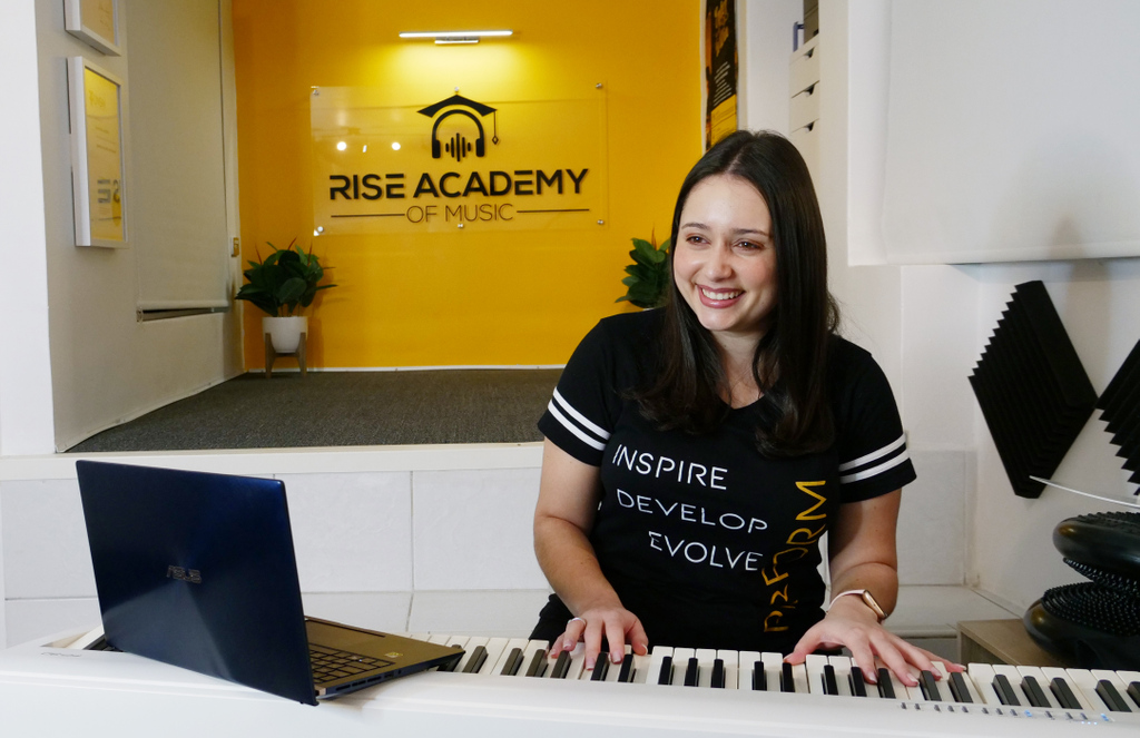 Discover how ASUS solutions helped our academy 'rise' to new levels of creativity and productivity......Link in Bio Thank you @ASUSAU   #musictheory #musiceducation #vocaltraining #vocalcoach #singers #musicians #singinglessons #singing #singingwarmups #warmups #onlinelessons https://t.co/lZeIqvHIh2
