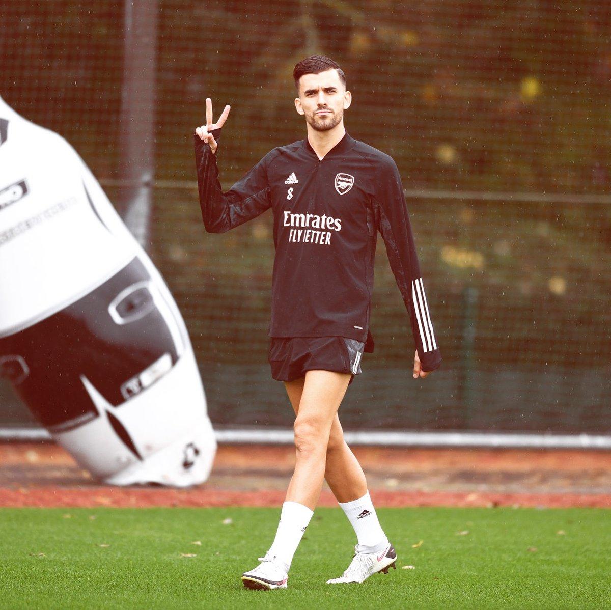 🔴⚪️ Always ✌🏻😏  @Arsenal #TrainingDay #Attitude #Optimism #Trust #Gunners #VamosGunners