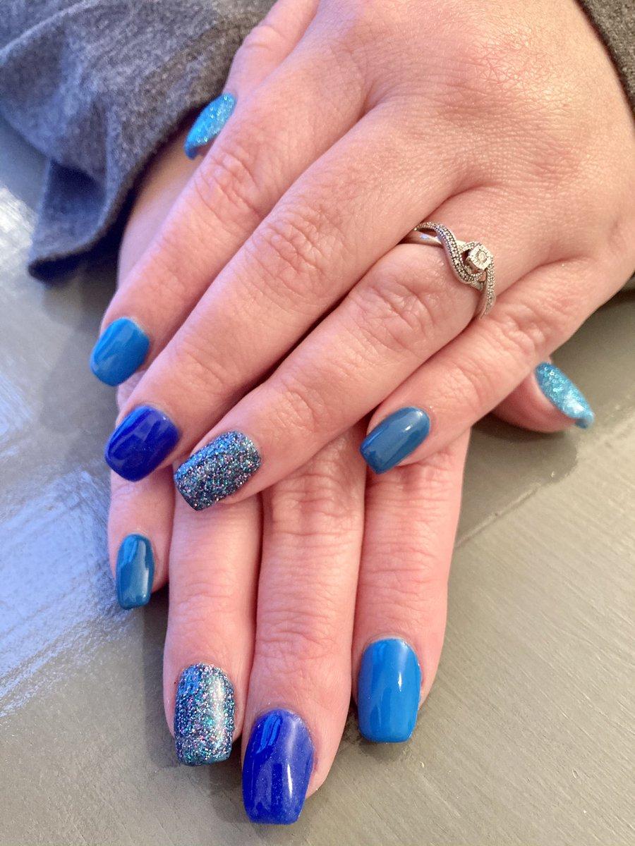 Fun blue nails!  . . #GNails #Blue #BlueNails #ShadesOfBlue #NailTech #Glitter #GlitterNails #AcrylicOverlay #NaturalNails #FunNails #SportsBlue #SkyFall #BikiniBlitz #Magpie #MagpieGlitter #YoungNails #ManiQ #FeelingBlue https://t.co/W1Mg3KciSr