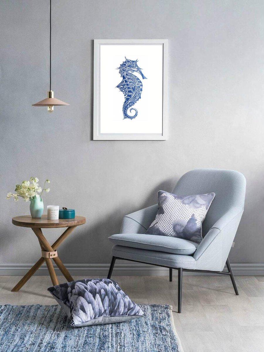 Stylized seahorse, a cute nautical print. https://t.co/b2wvPR0uzr #seahorse #ocean #nautical #beachhouse https://t.co/HXSUey1cWH
