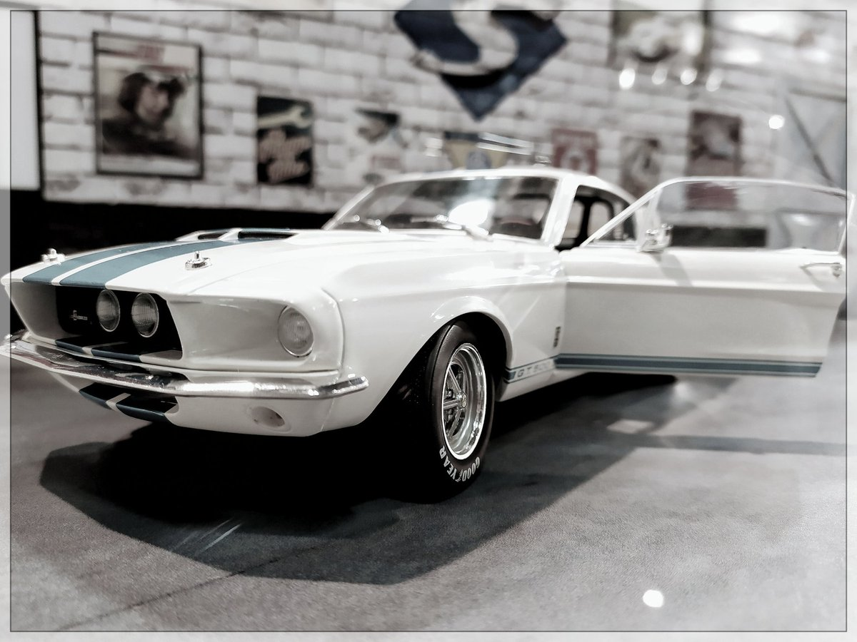 #ford #Mustang #Shelby https://t.co/kB8BVpG2Gr