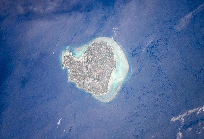 Йорондзима - один из острововАмами, принадлежащийЯпонии.  Yoronjima is one of the Amami Islands belonging to Japan.  Подробнее/More https://t.co/m2vH4n0MC3  #остров #Япония #Амами #Тихийокеан #Yoronjima #Amami #Islands #PacificOcean #океан #Ocean #Japan #Okinawan #МКС#космос https://t.co/Zguy70MEbu