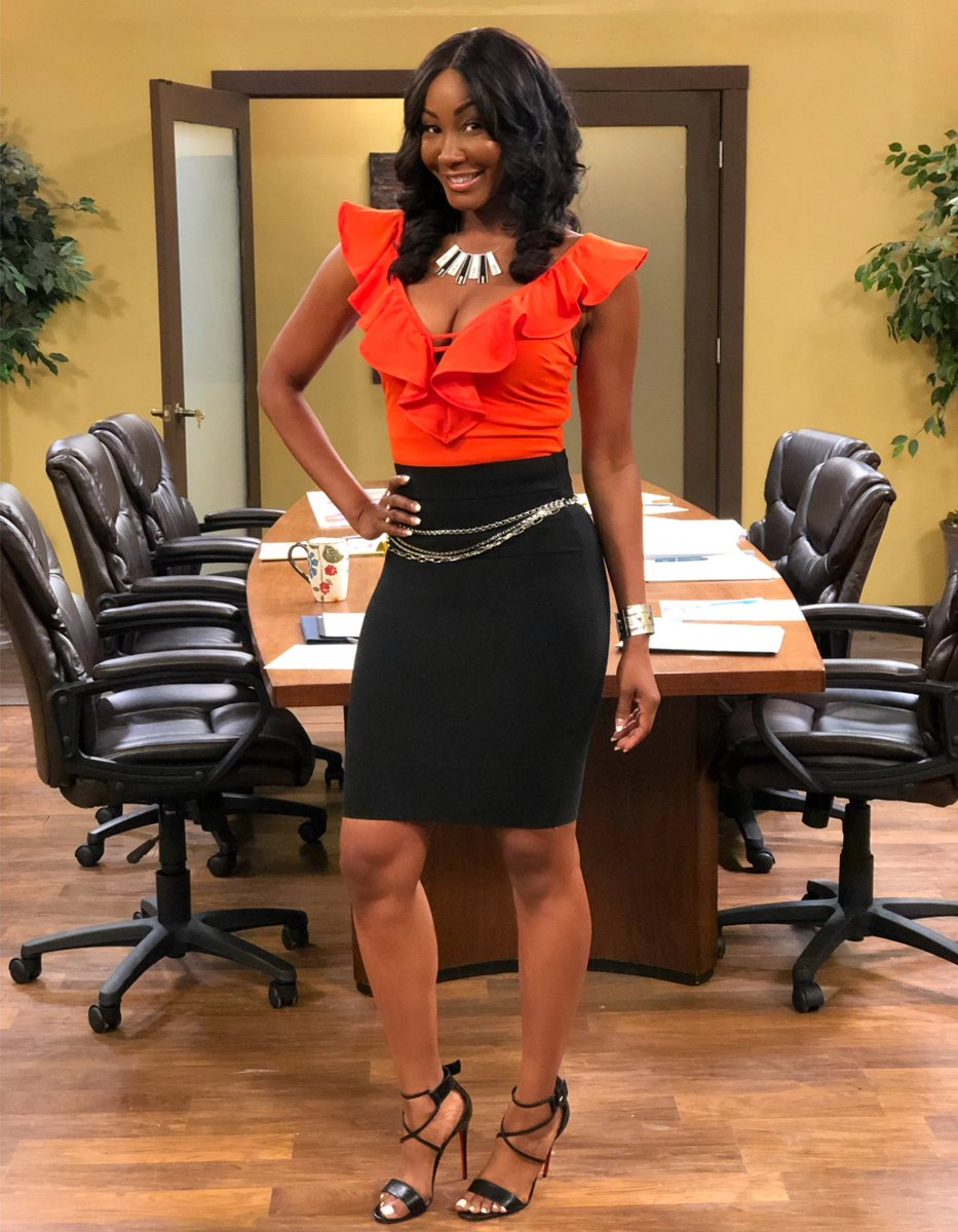 Catch #Rachel in a brand new episode of FAMILY TIME tonite. And trust me, it's hilarious!!! Watch it on @bouncetv (or @brownsugarapp or @amazonprimevideo)  ________ 🗣 Season 8 - Ep. 804  ________ #BounceTV #Bounce #FamilyTime #BusinessBarbie   https://t.co/KVYSgVTV7s https://t.co/dSoN2PU8IV